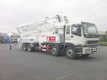चीन 8x4 SSAB Steel ISUZU 47m Truck Mounted Concrete Pump / Delivery Equipment 390HP वितरक