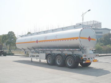 चीन 3x12T BPW axle 46000L Aluminum Alloy Petroleum Mobile Fuel Tank Trailer वितरक